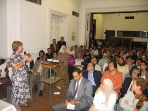 Marion Fischer, PDP's Programme Manager, introduces the new publication to the event's guests at Cairo's Goethe Institute